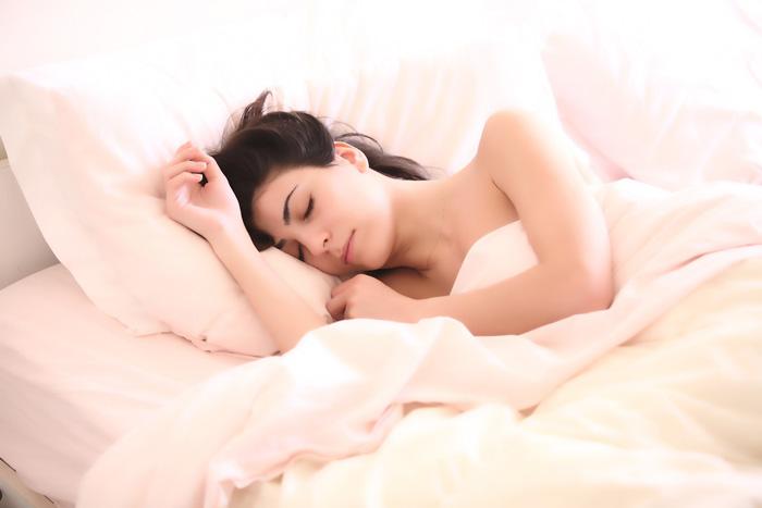 Caída estacional del cabello. Dormir bien
