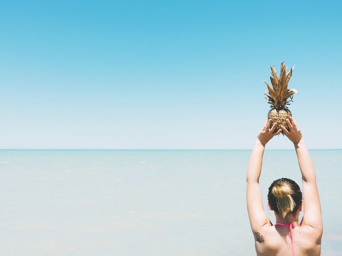 Este verano, aliméntate más ligero y llena de vitaminas tu cabello